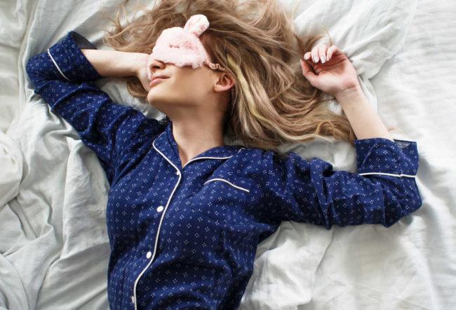 韓国アイドルが行っている美容法の睡眠