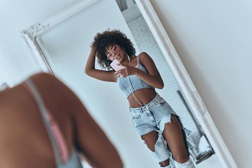 ダンス練習におすすめの全身鏡